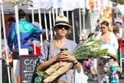 Naomi Watts at the Farmers' Market