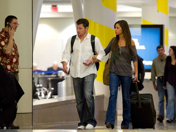 Nick Lachey Nick Lachey and Vanessa Minnillo catch a late flight at Los Angeles International Airport (LAX).