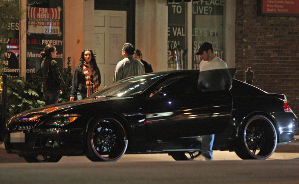 Nick Lachey and Vanessa Minnillo leave Rocco's Tavern after spending six hours drinking and dining. According to sources Vanessa left completely wasted and stumbled out to the car.