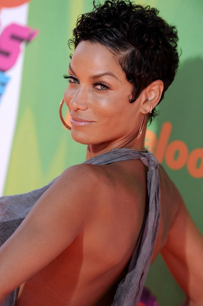 Nicole Mitchell Murphy Photos Photos - Arrivals at the Nickelodeon's ...