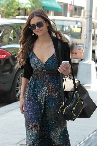 Byline: EROTEME.CO.UK.Nina Dobrev arriving her hotel in SoHo New York.