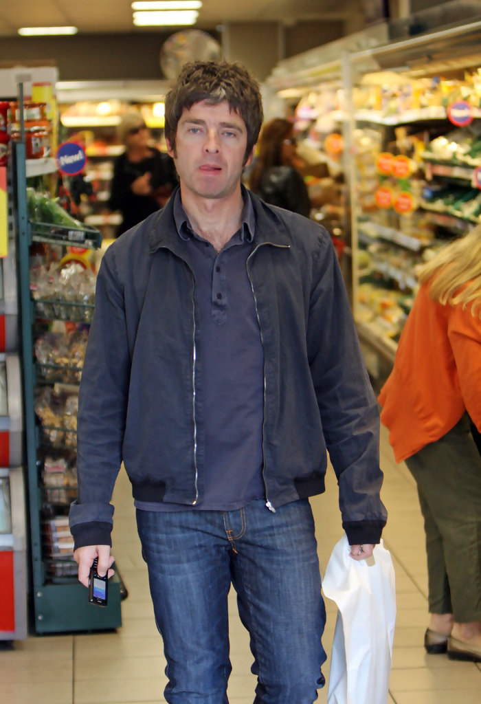 Noel Gallagher Photos Photos Noel Gallagher Grocery