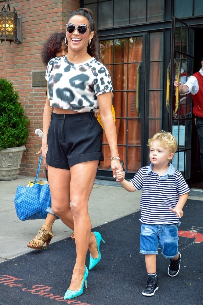 Paula Patton Photos Photos Paula Patton Out With Her Son In New