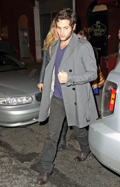 Penn Badgley, Blake Lively,