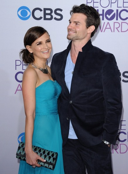 People's Choice Awards 2013..Nokia Theatre L.A. Live, Los Angeles, CA..January 9, 2013..Job: 130109A1..(Photo by Axelle Woussen)..Pictured: Rachael Leigh Cook and Daniel Gillies.