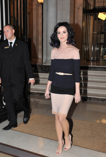 Katy Perry leaves the Westin hotel to promote her third album 'Teenage Dream' at the NRJ radio studios .