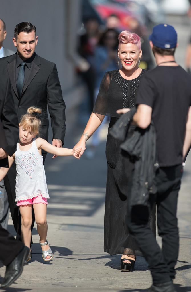 Pink Posts Sweet Pic of Daughter Willow Hugging Her Bare Baby Bump