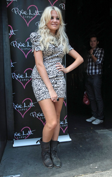 Pixie Lott Pixie Lott, Arriving at Circus a West End cocktail bar and cabaret restaurant in Covent Garden.