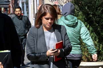 Princess Eugenie Princess Eugenie Takes a Stroll in NYC