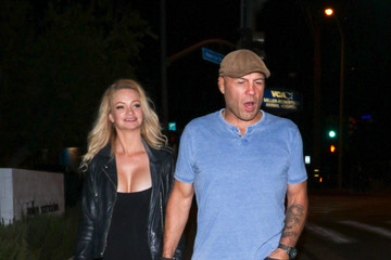 Randy Couture Randy Couture And Mindy Robinson Outside Craig's Restaurant In West Hollywood