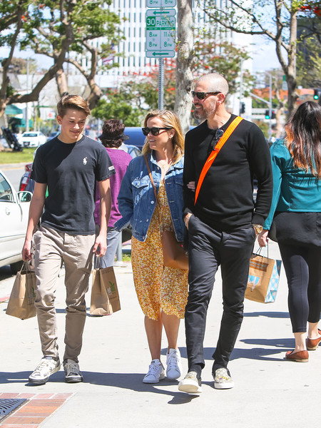 Reese Witherspoon In L.A.