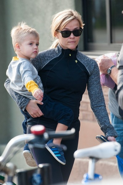 Reese Witherspoon Out with Her Family