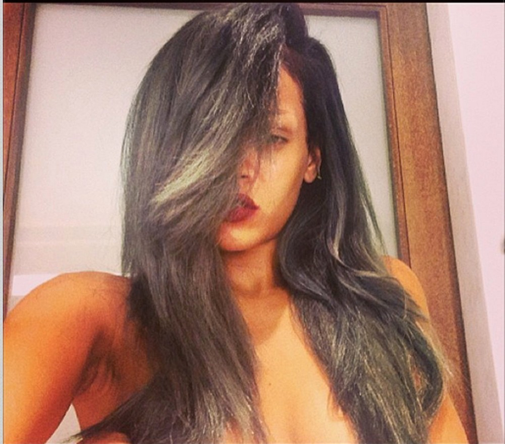 Love it or Loathe it: Rihanna's New Gray Hair Makeover