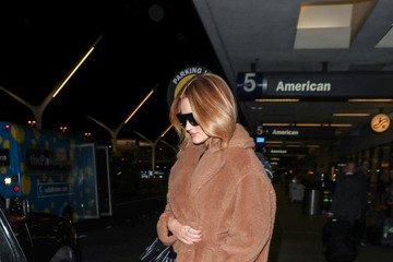 Rosie Huntington-Whiteley Rosie Huntington-Whiteley at LAX