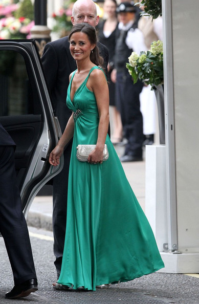 Royal Wedding: Pippa puts on her party dress