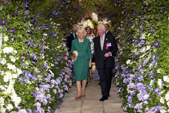 Camilla parker bowles in the royal family at the chelsea flower show 1 of 3 zimbio - Royal flower show ...