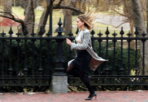 Sarah Jessica Parker films a running scene for 'I Don't Know How She Does It' .