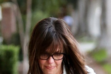 Sally Field Sally Field Leaves the Hair Salon