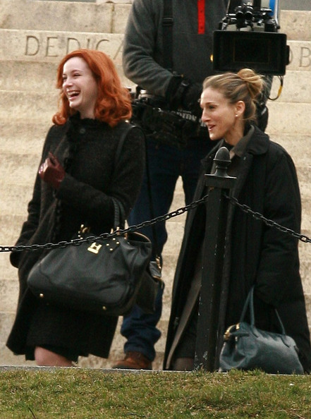Sarah Jessica Parker and Christina Hendricks film scenes for 'I Don't Know How She Does It' in Boston Common.