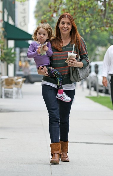 Satyana Denisof - Alyson Hannigan and Daughter Out for a Walk