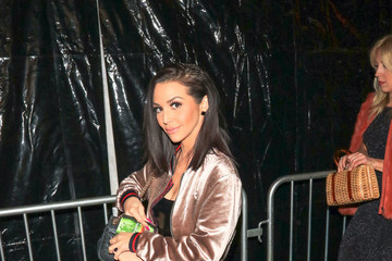 Scheana Shay The Premiere of 'Jumanji: Welcome to the Jungle' at the TCL Chinese Theater