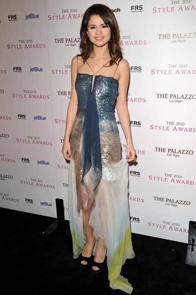 Selena Gomez 2010 Hollywood Style Awards.Hammer Museum, Los Angeles, CA.December 12, 2010.