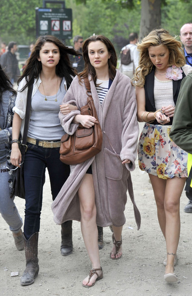 Selena Gomez, Leighton Meester and Katie Cassidy shoot scenes for 'Monte Carlo' at the Eiffel Tower .