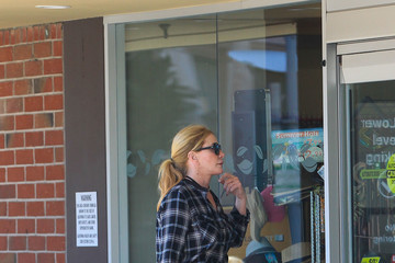 Shannon Tweed Shannon Tweed Is Spotted In Beverly Hills