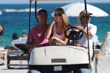 Russell Simmons Julie Henderson Russell Simmons Soaks Up the Sun
