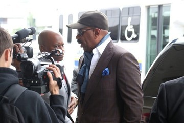 Steve Harvey Steve Harvey Arrives at LAX