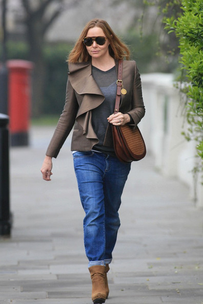 Stella McCartney looks stylish in baggie jeans while out and about in Notting Hill.