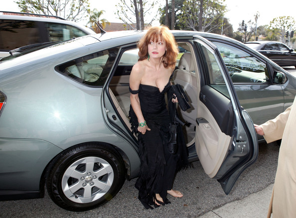 photo of Susan Sarandon  - car