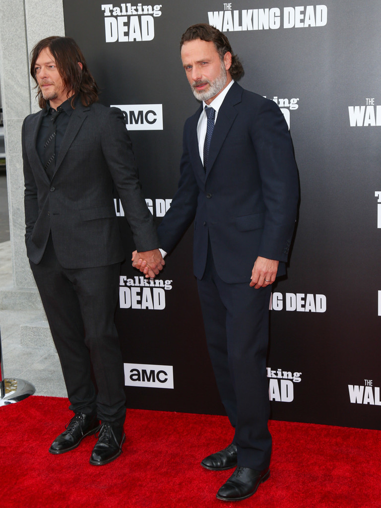Andrew Lincoln Talking Dead Andrew Lincoln On His Throat