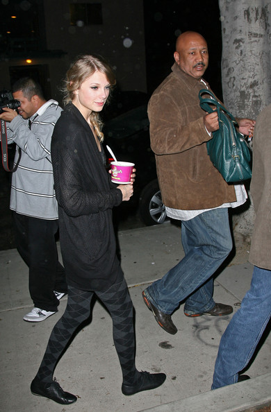 taylor lautner and taylor swift. Taylor Swift Taylor Swift and