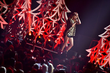 Taylor Swift KIIS FM's Jingle Ball 2017