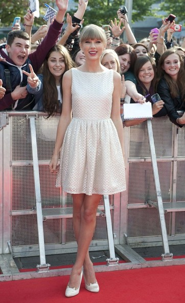 Taylor Swift - Radio 1's Teen Awards 2012