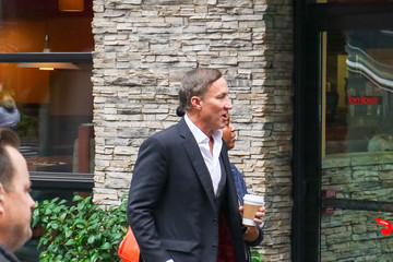 Terry Dubrow Terry J. Dubrow Arrives To 'EXTRA'
