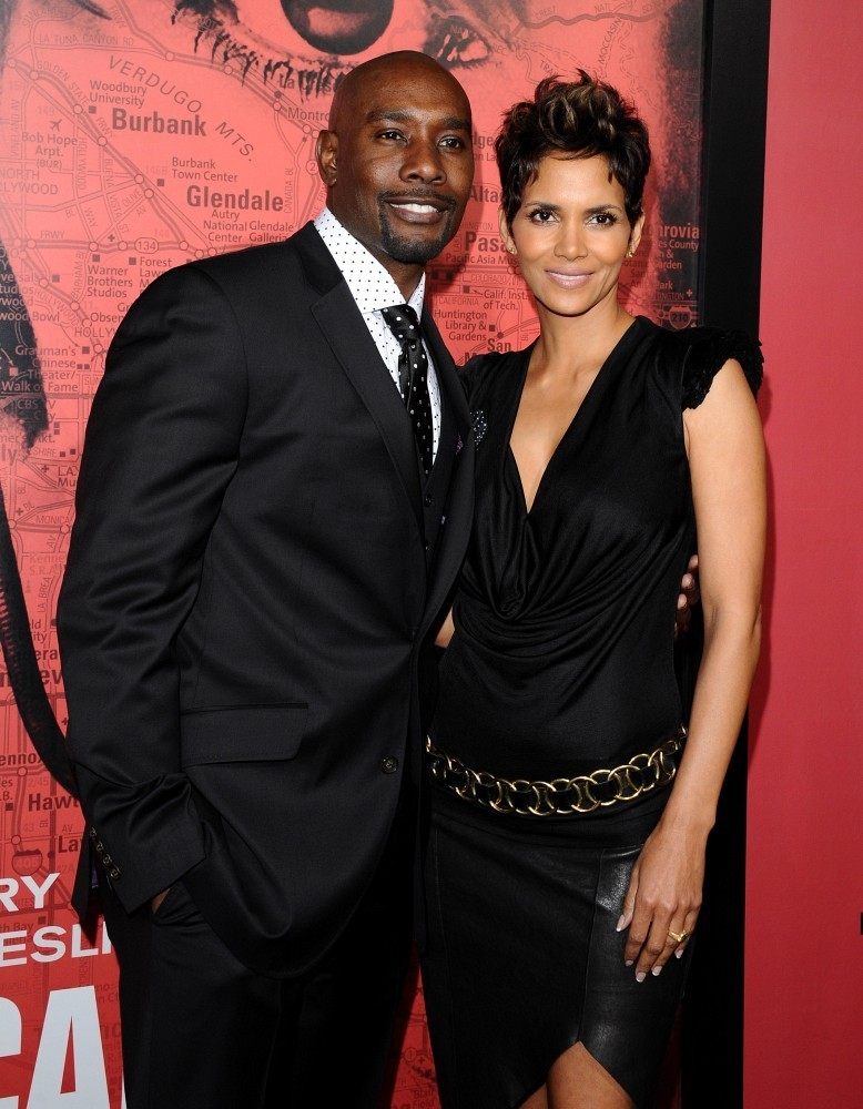 New Couple Alert Halle Berry is dating again