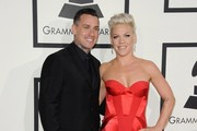 Pink & Carey Hart, 2014 - The Cutest Couples At The Grammy Awards Over The Past Decade