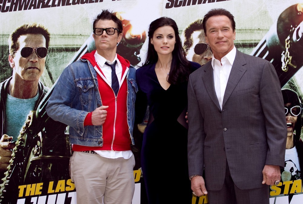 Arnold Schwarzenegger and Jaimie Alexander Photos Photos ...