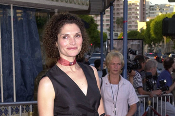"Mary Elizabeth Mastrantonio ""The Perfect Storm"" LA Premiere"