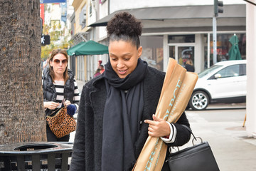 Tia Mowry Tia Mowry Spotted in Los Angeles