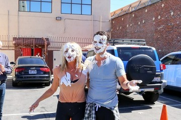 Tony Dovolani Suzanne Somers Gets Pied