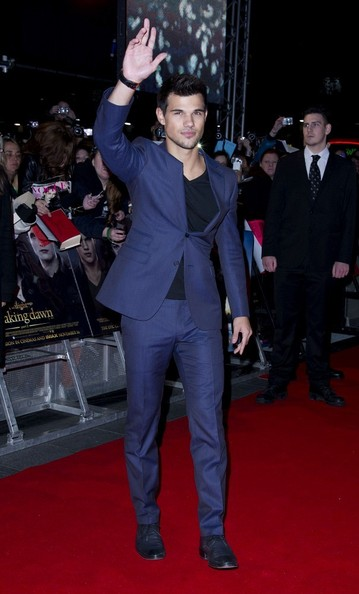 14/11/2012. 'The Twilight Saga Breaking Dawn Part 2' UK Premiere at The Odeon Leicester Square.Pictured: Taylor Lautner.