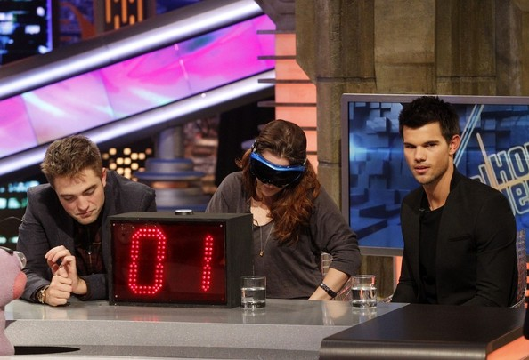 "Kristen Stewart, Robert Pattinson, and Taylor Lautner visit ""El Hormiguero"" to promote their new movie ""The Twilight Saga: Breaking Dawn Part 2.""."
