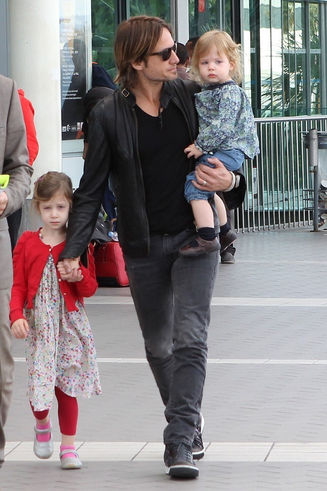 Keith Urban Photos Photos Keith Urban And Kids At The
