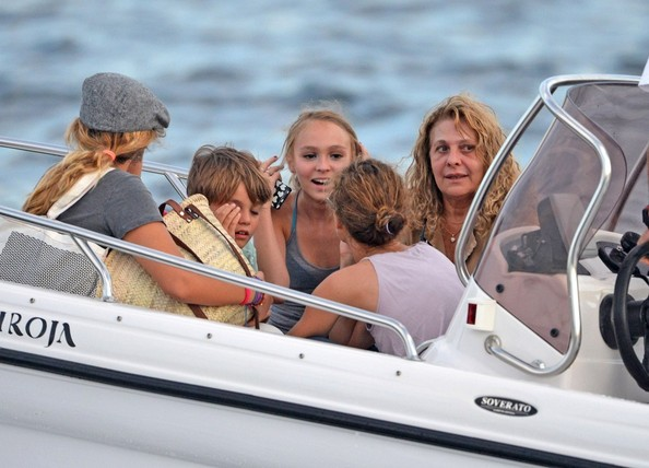 Vanessa Paradis - Vanessa Paradis and Family Board Their Yacht