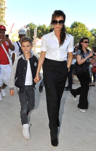 Victoria Beckham - Victoria Beckham and Romeo Head Back to London