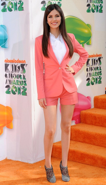 Victoria Justice - Kids' Choice Awards 2012