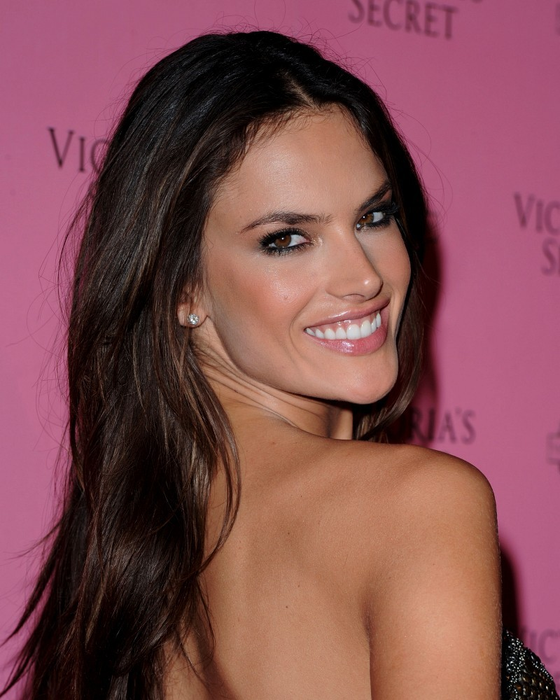 Alessandra Ambrosio Photos Photos Victorias Secret 2011 Swim